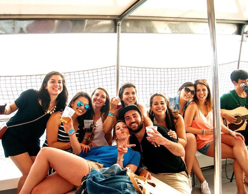 Barcelona-boat-party